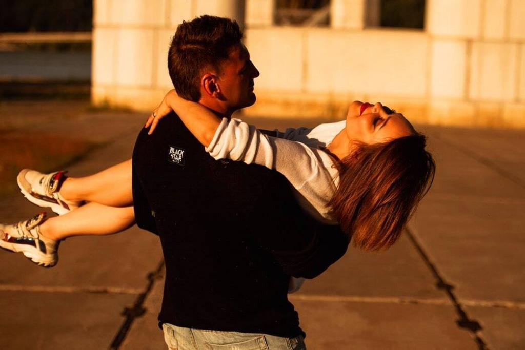 things-girls-do-that-guys-love